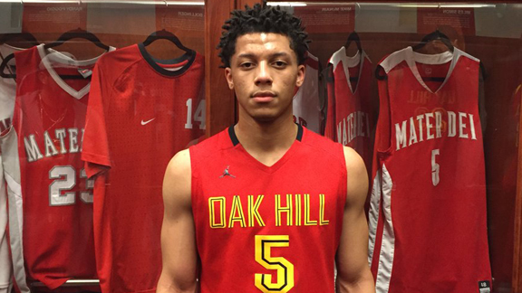 Iowa St. commit Lindell Wigginton willed Oak Hill Academy (Mouth of Wilson, Va.) to a 96-91 comeback win over Chino Hills (Calif.) that snapped the Huskies' 60-game winning streak. He finished with 35 points, making 4-of-6 3-pointers and 14-of-22 field goal attempts. Photo: Devin Ugland